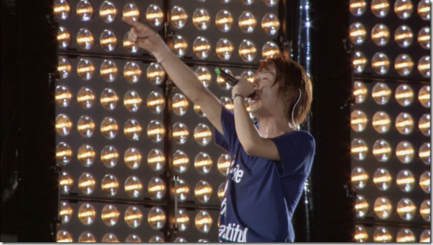 ARASHI in LIVE TOUR Beautiful World (320)