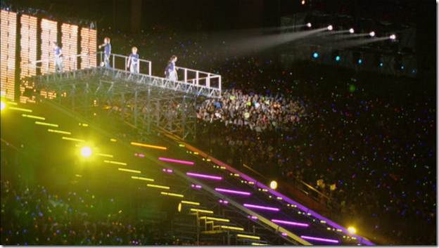 ARASHI in LIVE TOUR Beautiful World (321)