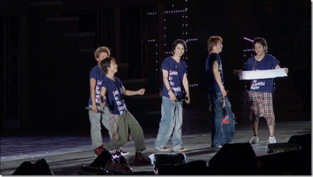 ARASHI in LIVE TOUR Beautiful World (332)