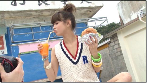 Niigaki Risa in Ascension making of (67)