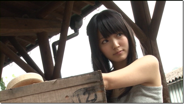 Suzuki Airi in Kono kaze ga suki shashinshuu making of  (14)
