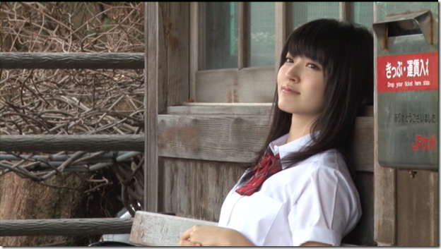 Suzuki Airi in Kono kaze ga suki shashinshuu making of  (3)