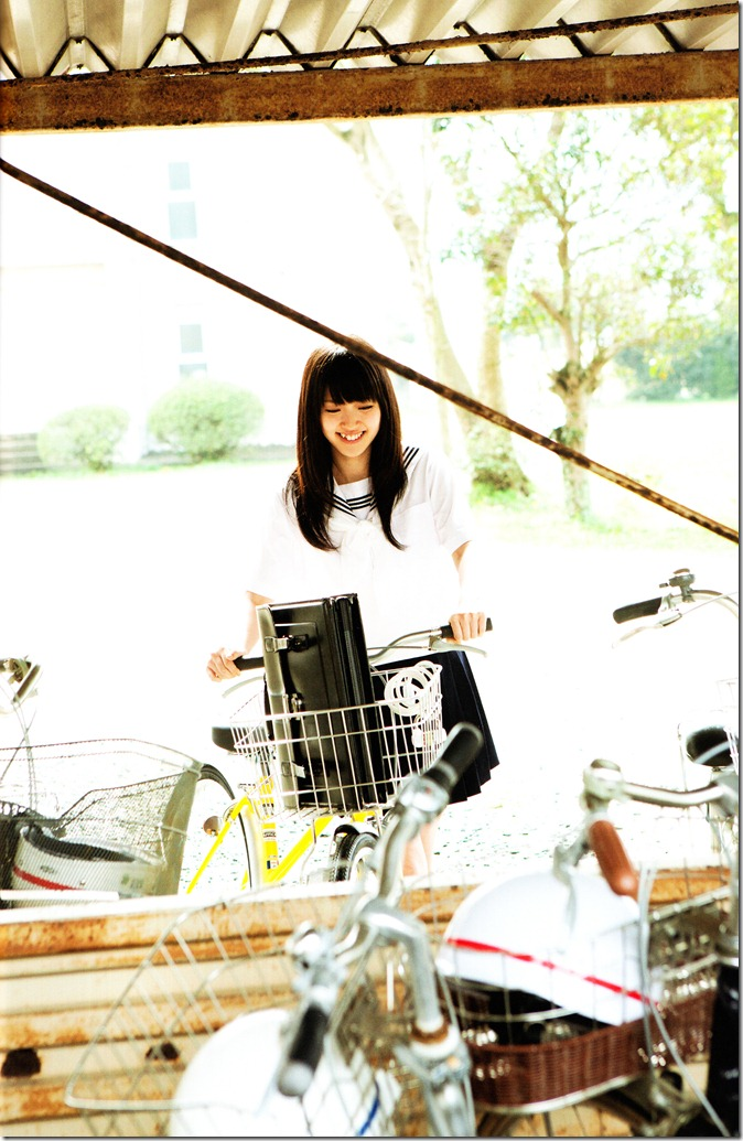 Suzuki Airi Kono kaze ga suki shashinshuu scan (32)