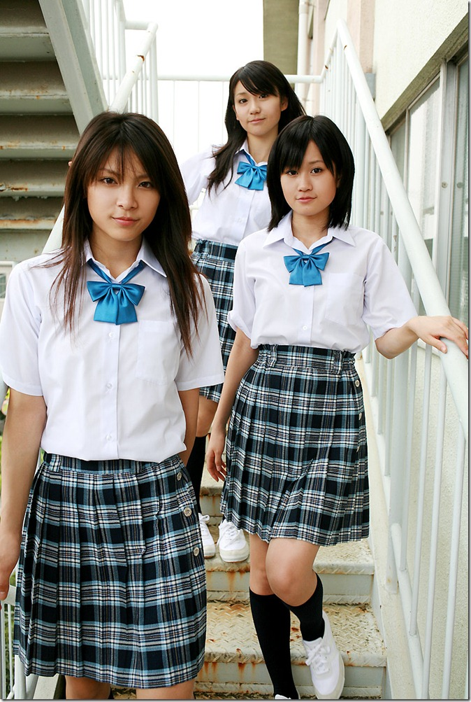 Acchan, Yuko & Sayaka (16)