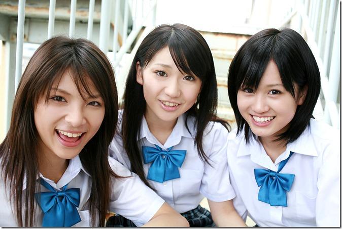 Acchan, Yuko & Sayaka (24)