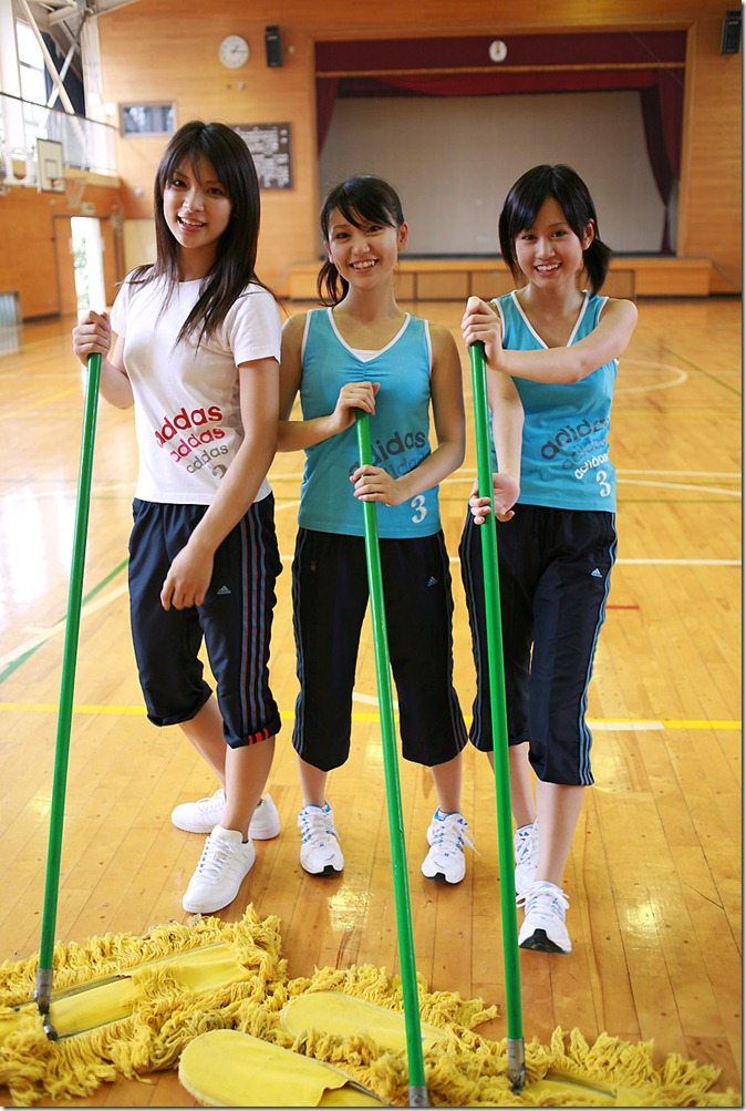 Acchan, Yuko & Sayaka (34)