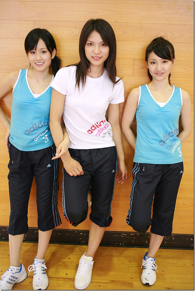 Acchan, Yuko & Sayaka (48)