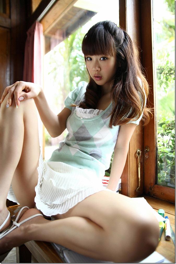 Hoshino Aki (2)