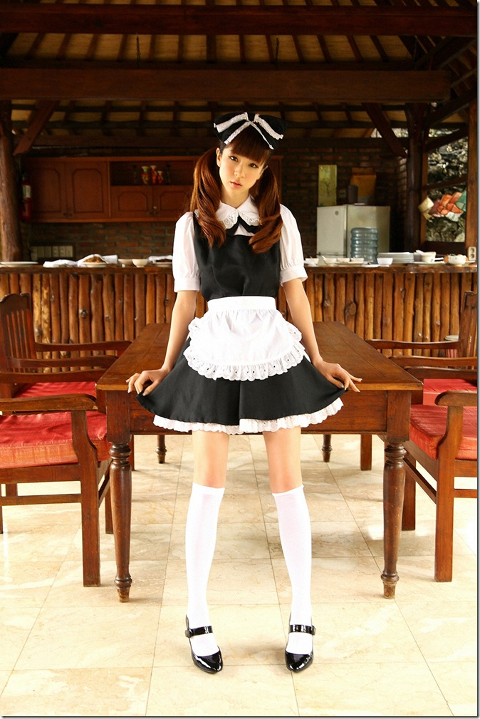 Hoshino Aki (34)