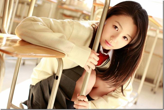 Koike Rina (19)
