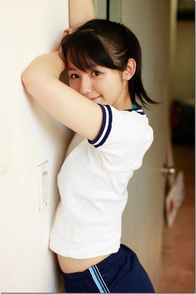 小池里奈 (59)