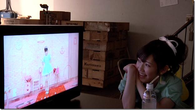 Watanabe Mayu in Otona Jelly Beans (making of) (14)