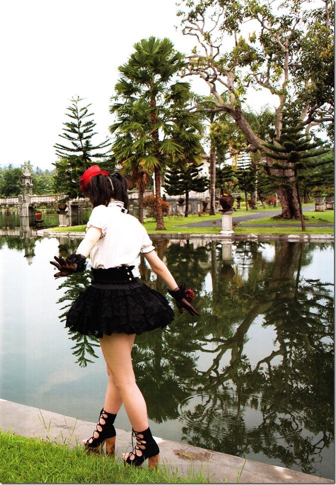 Suzuki Airi Oasis shashinshuu (2)