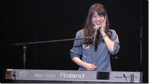 Yajima Maimi & Suzuki Airi in Acoustic Live @ Yokohama Blitz (20)
