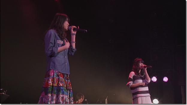 Yajima Maimi & Suzuki Airi in Acoustic Live @ Yokohama Blitz (2)