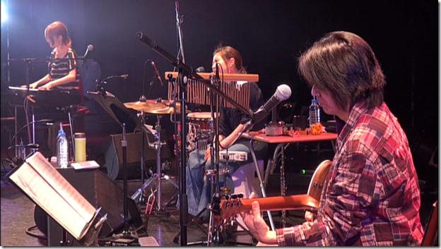 Yajima Maimi & Suzuki Airi in Acoustic Live @ Yokohama Blitz (7)