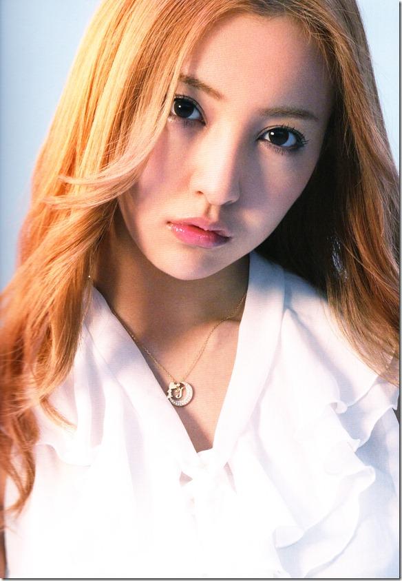 AKB48 1830m booklet (14)