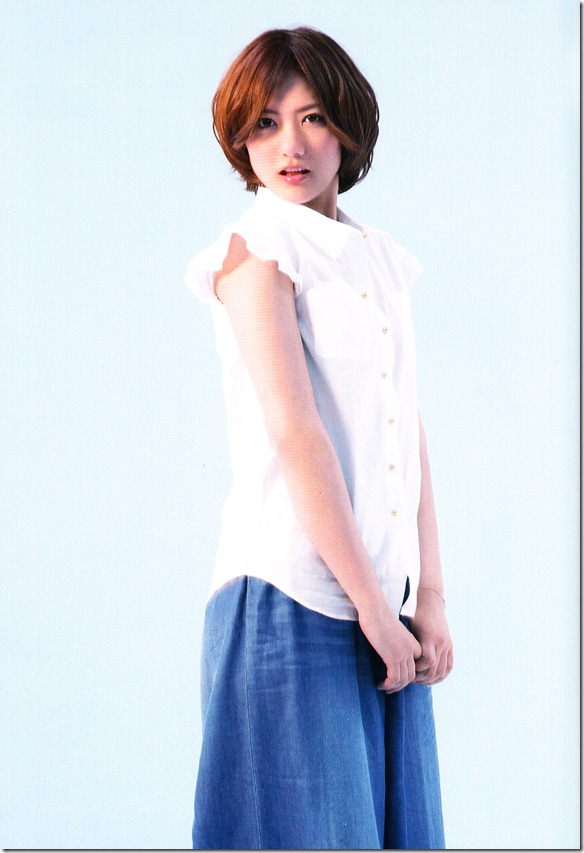 AKB48 1830m booklet (19)