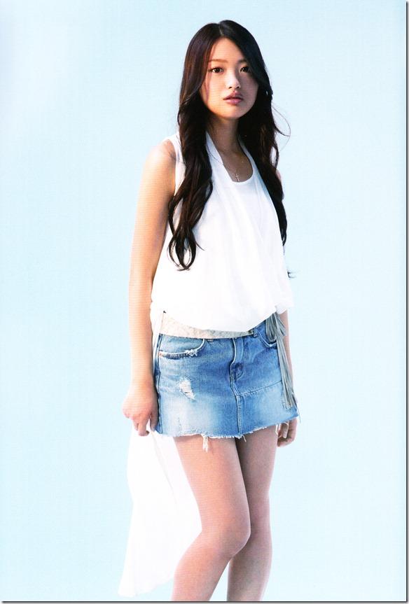 AKB48 1830m booklet (21)
