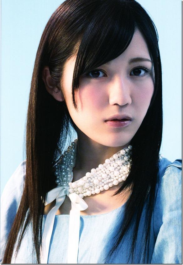 AKB48 1830m booklet (8)
