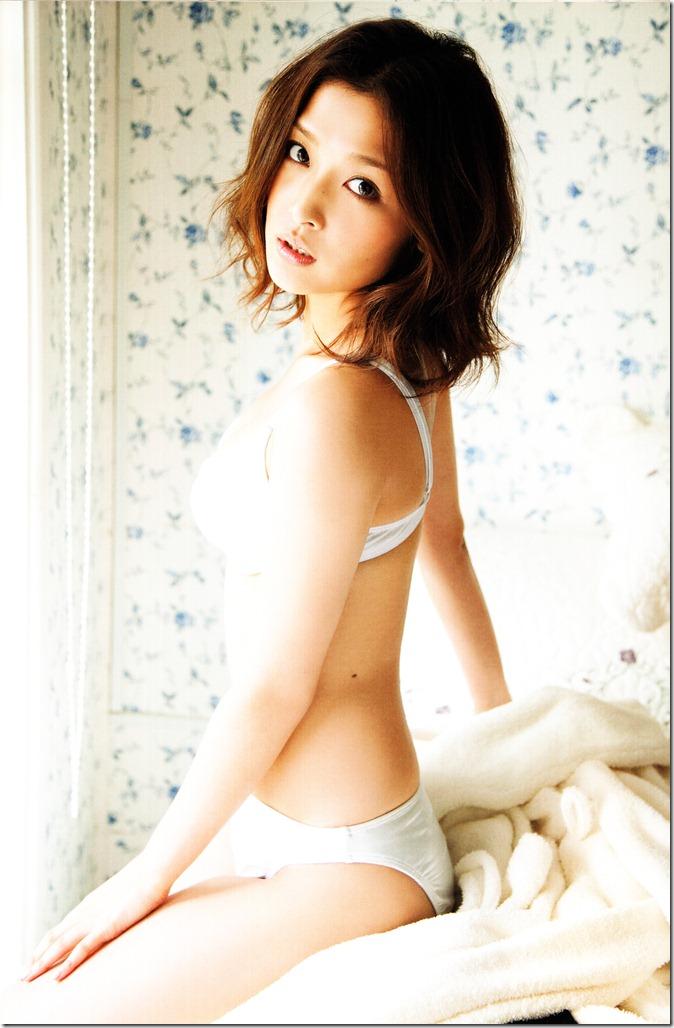 Ishikawa Rika Hanagokoro (38)