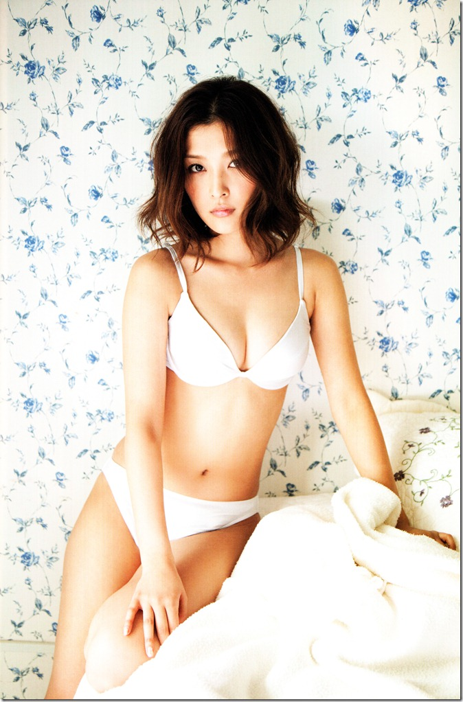 Ishikawa Rika Hanagokoro (42)