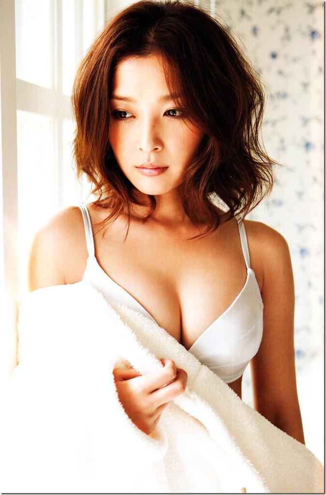 Ishikawa Rika Hanagokoro (45)