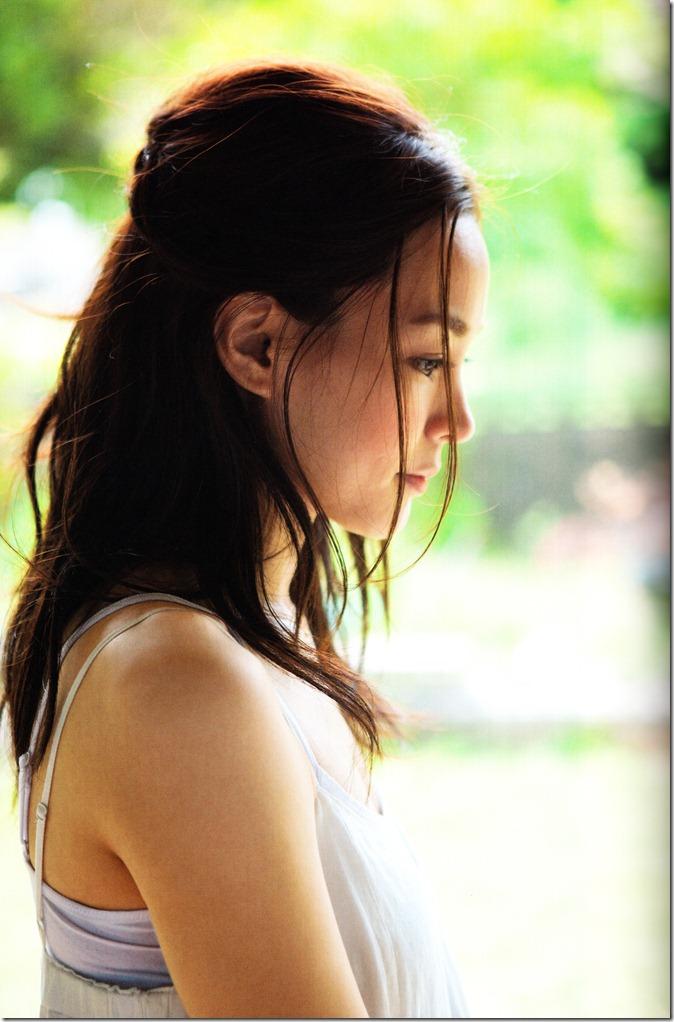Kuninaka Ryoko COLORS (39)