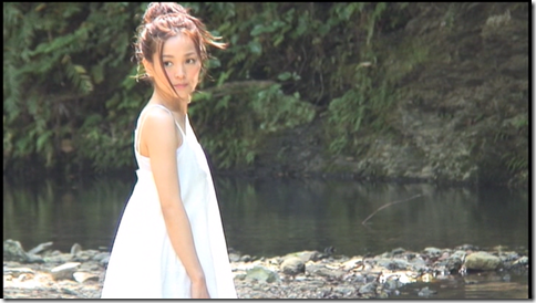 Kuninaka Ryoko in COLORS making of (37)