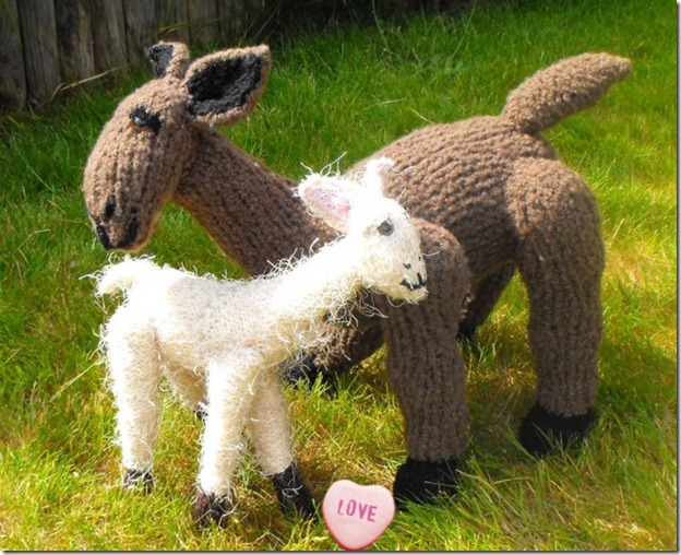 knitted baby lama....