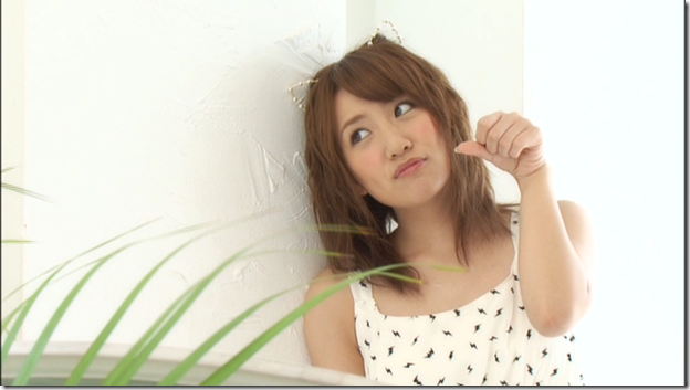 AKB48 in 2013 calendar & trading card making of (Playboy DVD) (50)