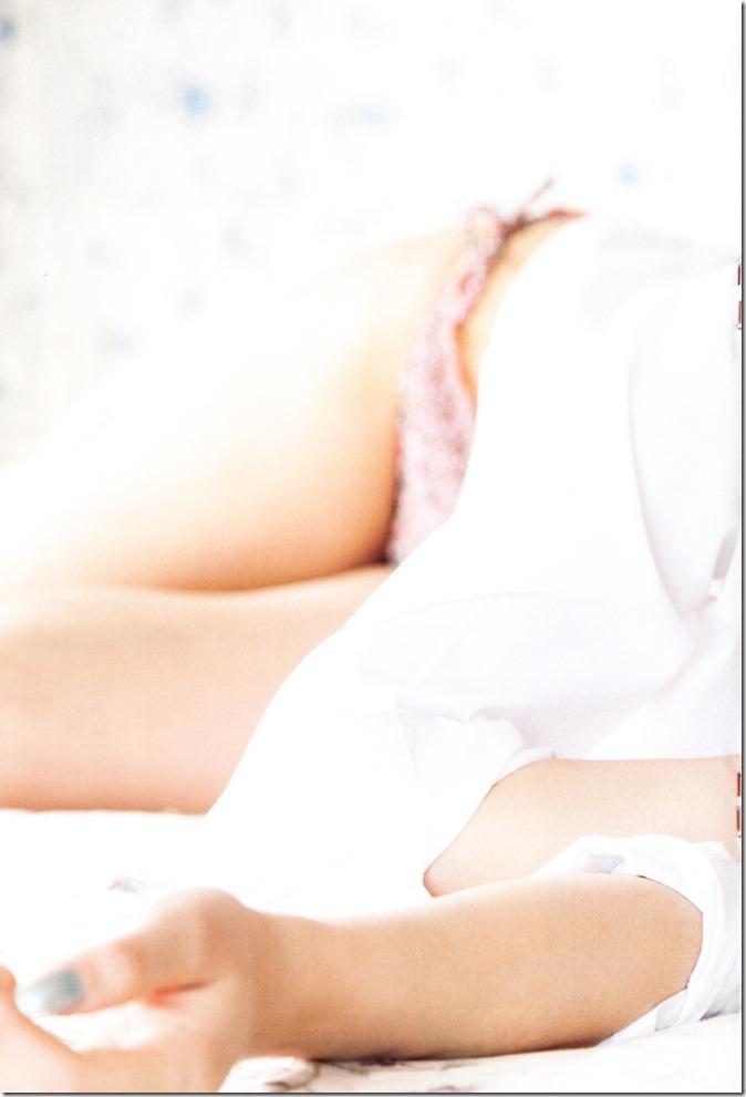 AKB48 in Weekly Playboy 2012.12 (54)