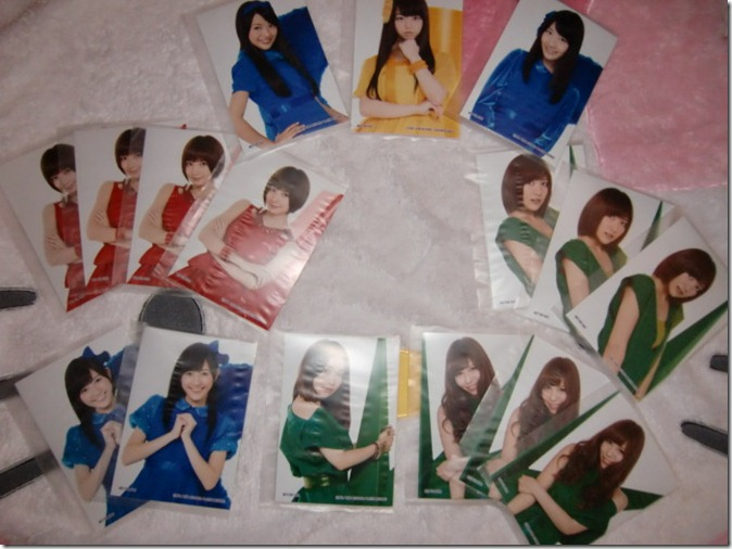 AKB48 studio album recordings collection first press random member photos