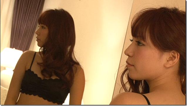 Kasai Tomomi 1st solo shashinshuu making (13)