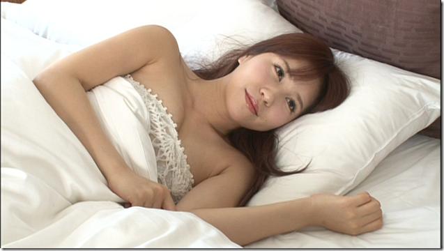 Kasai Tomomi 1st solo shashinshuu making (15)