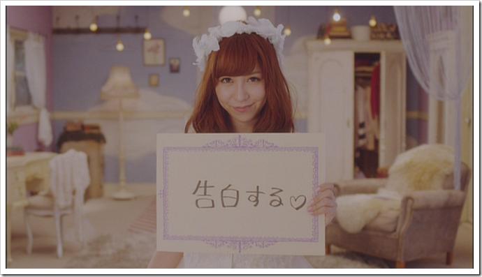 Kasai Tomomi in Masaka (music video) (26)