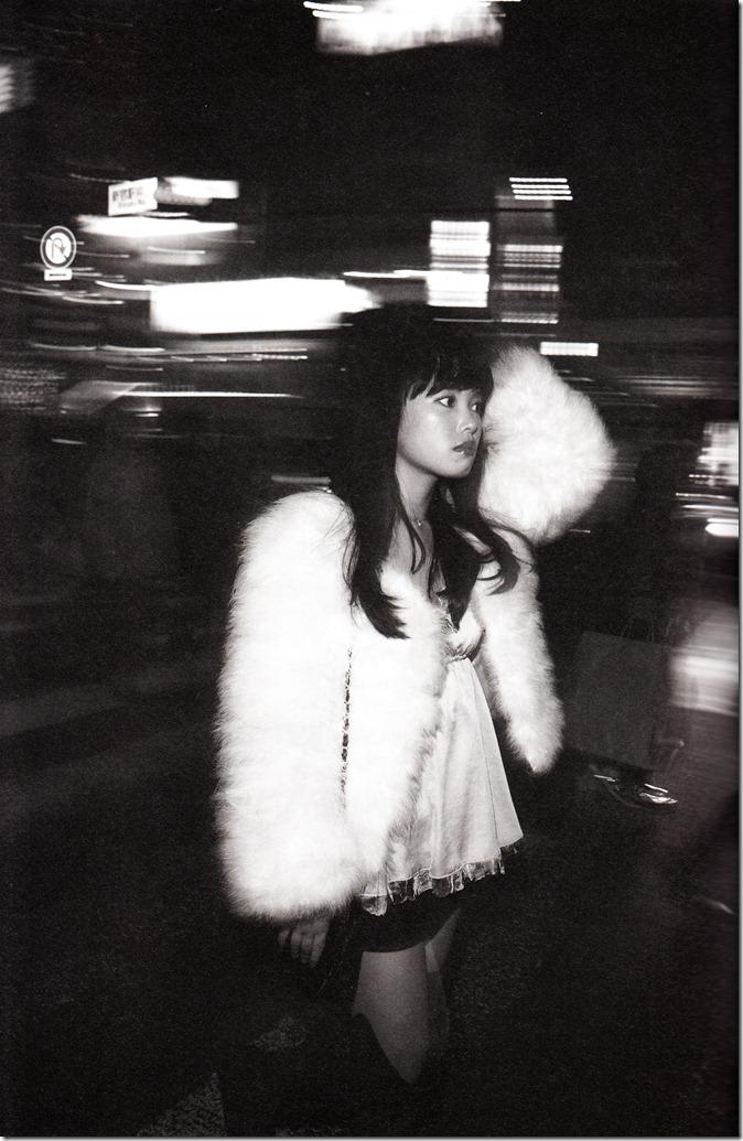 中島早貴ソロ写真集なかさん (35)