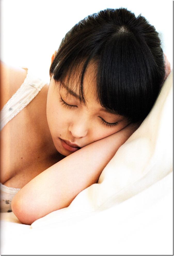 中島早貴ソロ写真集なかさん (74)