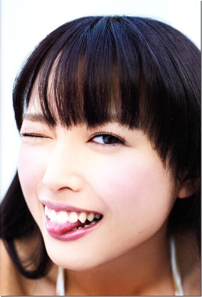 中島早貴ソロ写真集なかさん (80)