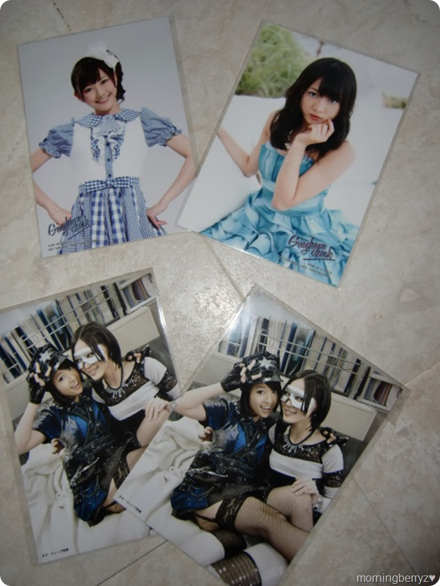 AKB48 Gingham Check first press photos