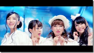 AKB48 in sokode inu no unchi funjyaukane (24)