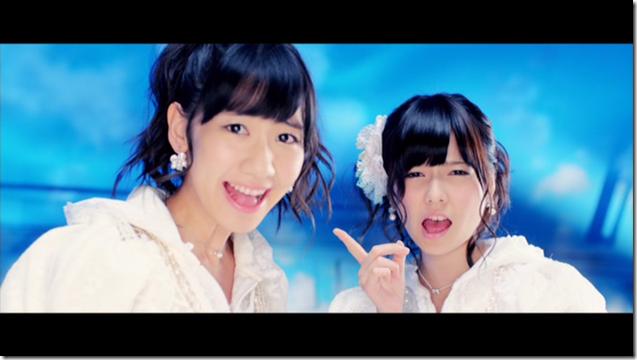 AKB48 in sokode inu no unchi funjyaukane (45)