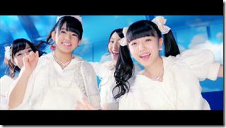 AKB48 in sokode inu no unchi funjyaukane (56)