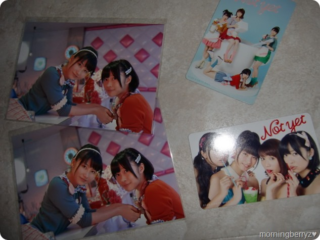 Not yet Pera Pera Perao first press trading cards & Neowing first press extra photos