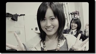 Maeda Atsuko in Sakura no hanabira (30)