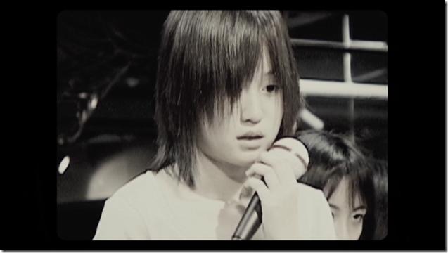 Maeda Atsuko in Sakura no hanabira (38)