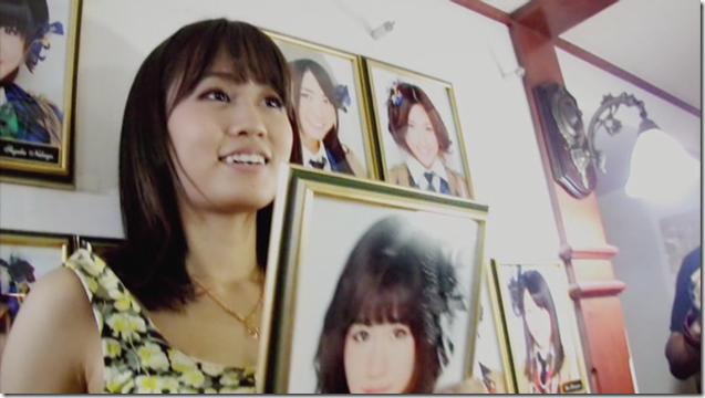 Maeda Atsuko in Sakura no hanabira (3)