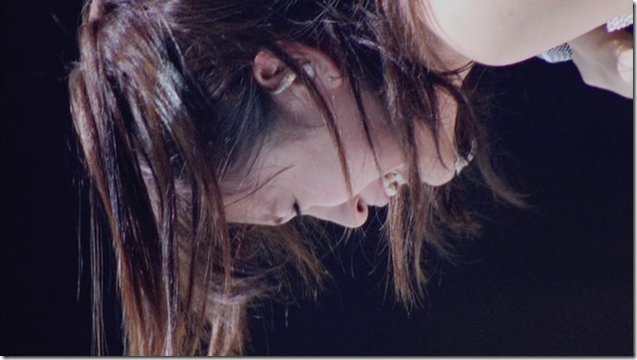 Maeda Atsuko in Sakura no hanabira (8)