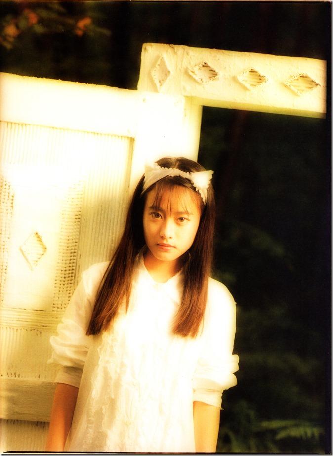 Mochida Maki Ihatov shashinshuu (12)