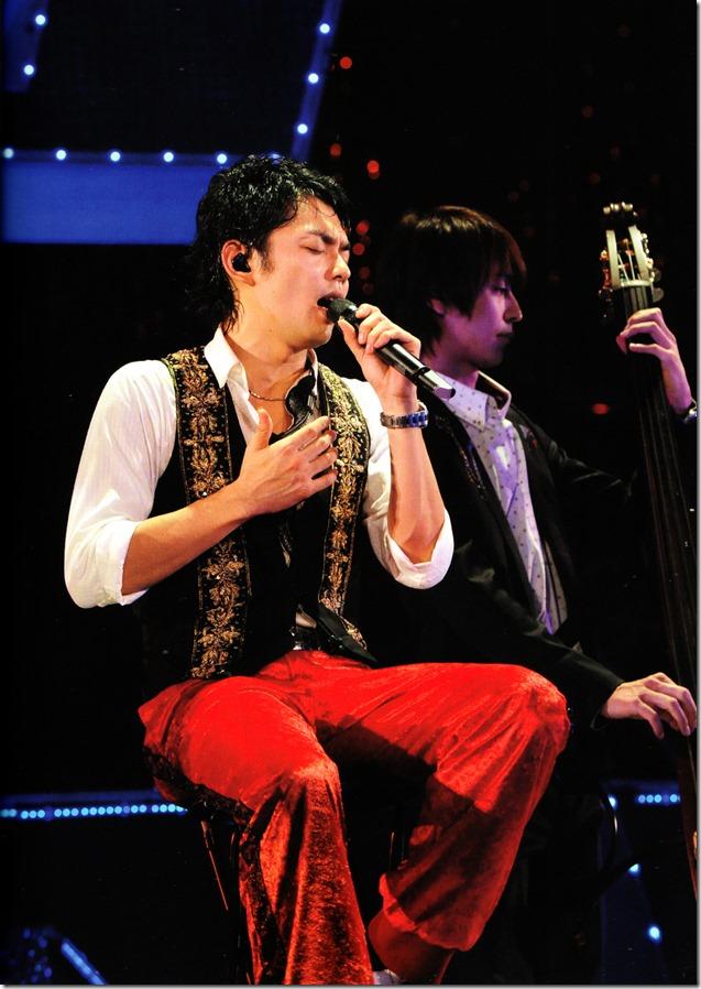 Tackey & Tsubasa  concert tour 2010 Takitsuba Matsuri (10)